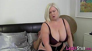 Gran with big hangin tits
