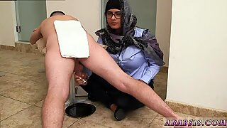 Muslim grandma Black vs White, My Ultimate Dick Challenge.