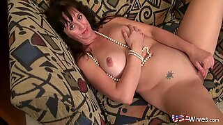 USAwives Slim Lusty Mature Gonzo Style Sex Footage