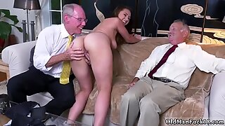 Old granny anal hd Ivy impresses with her ginormous melons and ass - Ivy Young
