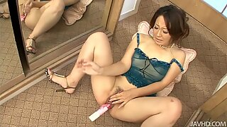 Ruhime Maioriis is asian who has dildo in her pussy