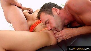 Anal sex enjoyed by Amelia Lyn