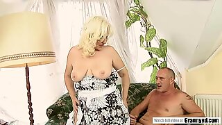 Mature Marianne Moans and Squirts in pleasure