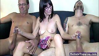 Spex mature hottie jerking off two dicks