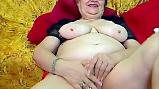 Beautiful Amateur granny Experiments with her sexy Body