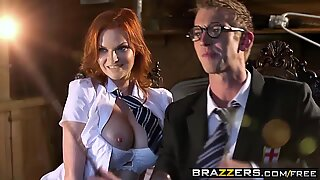 Hot porn parody Hairy Punter and His Enormous Boner A porn parody - (Tarra White, Danny D) - Brazzers