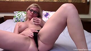 Fat Blonde During Her Cam Show