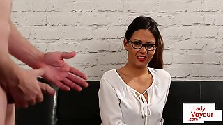 Spex beauty instructs submissive guy to wank