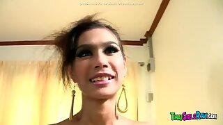Thai Skinny Teen in Hot Fuck